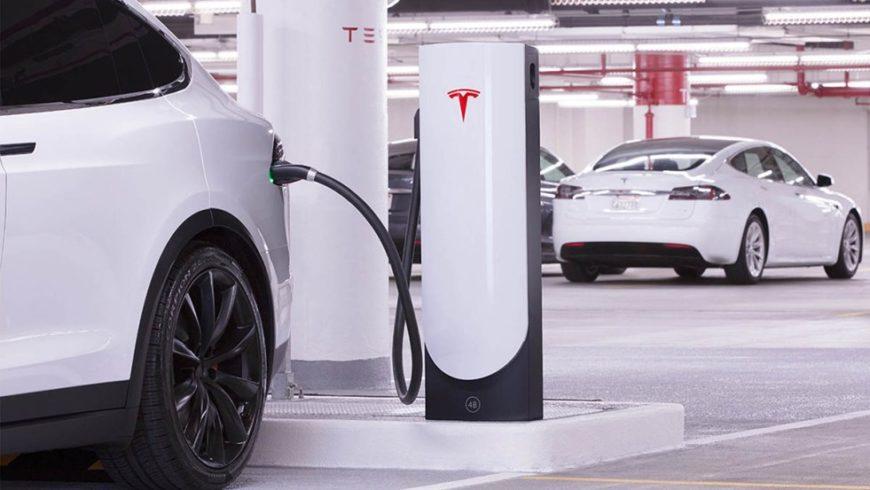 Carga tu coche eléctrico en el párking de tu comunidad.